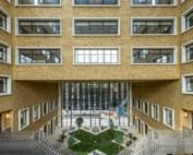 Kozijnherstel Parlement Brussel Bouwschadeherstel